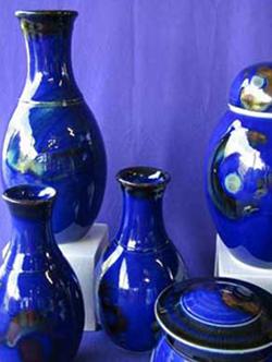 009 gallery, porcelain vases & lidded pots