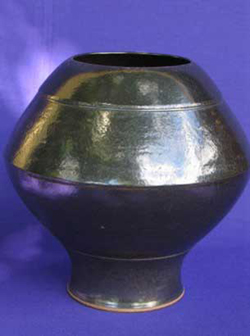 025 gallery, stoneware vase black glaze 360mm tall