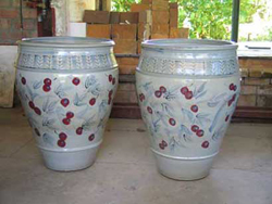030 gallery, large stoneware planters 700mm tal
