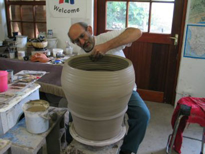 Throwing big Pots 003